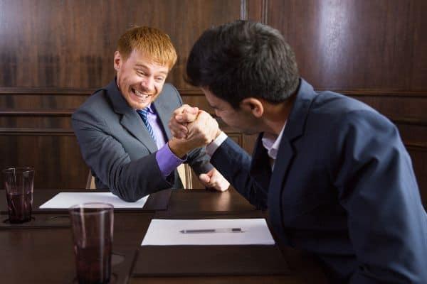 nghiên cứu đối thủ, đối thủ cạnh tranh