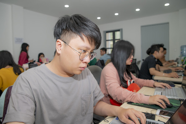 FRONT-END DEV tuyển dụng